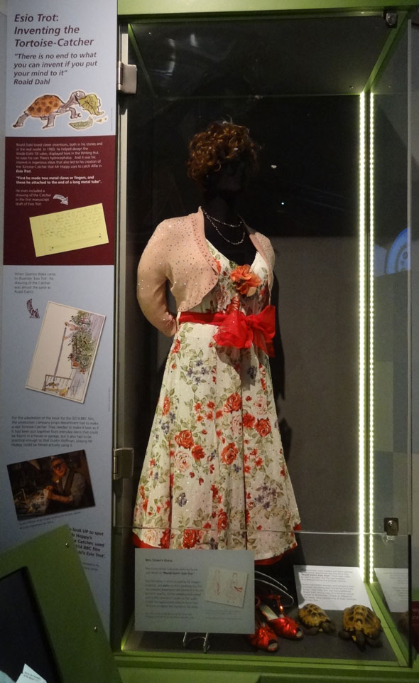 ESIO-TROT-Mrs-Silvers-Dress